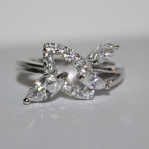 STUNNING CZ and .925 Sterling Marquise ring 7